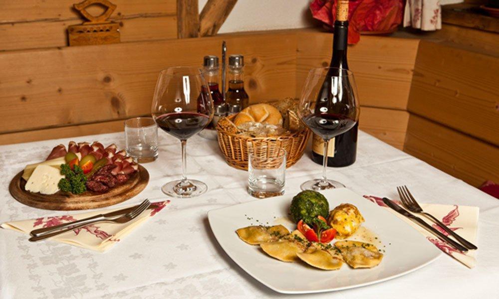 Ferienwohnung in Ratschings mit Frühstück oder Halbpension