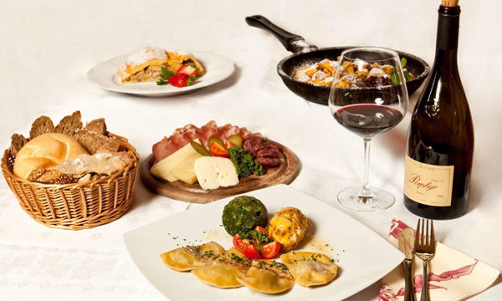 Il punto di ristoro Schölzhornhof - sontuose merende e piatti della cucina altoatesina